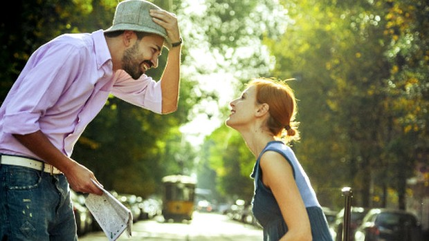 How I Ditched Online Dating and Learnt to flirt